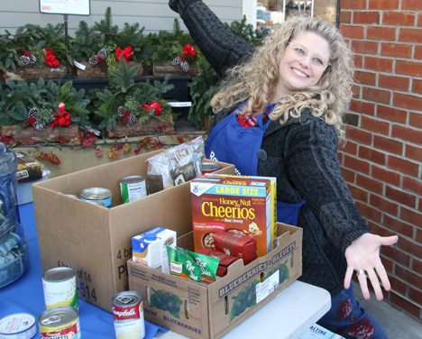 Rotary Club collects donations for food pantries
