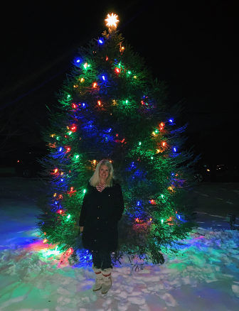 Milton tree lighting celebrates Christmas season