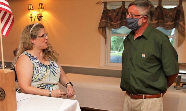 Rotary Club installs new slate of officers