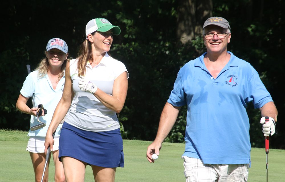 Possum Queen supporters hit the course