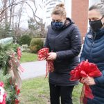 Wreath sales a sign of the Christmas season